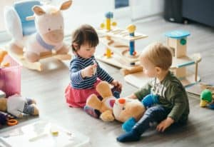 how to choose toys for babies