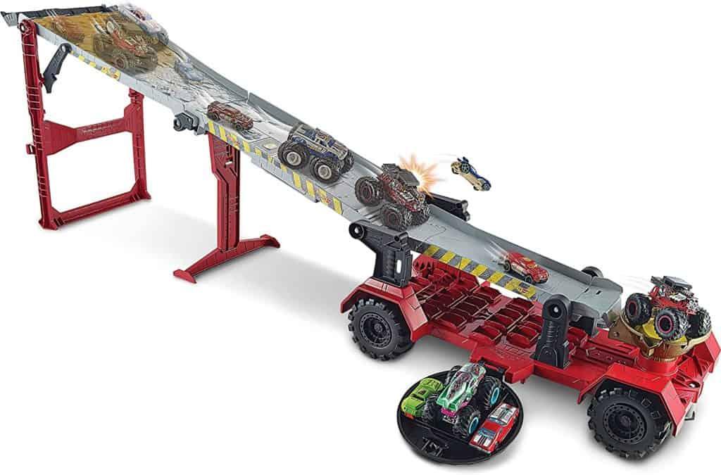 Monster Trucks Downhill Race & Go Play Set