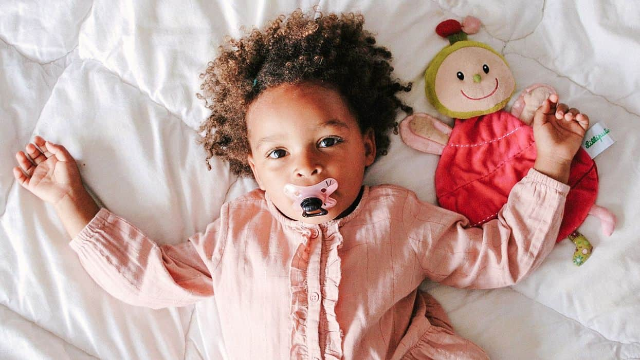 best pacifiers for newborn