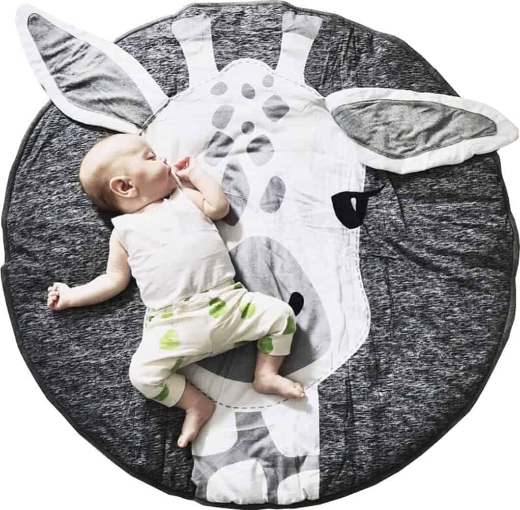 Gabwe Round Giraffe nursery rug